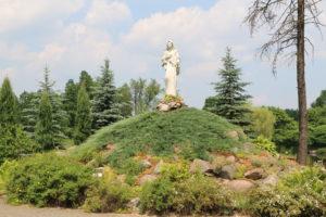 Parafia w Ostrowach Tuszowskich